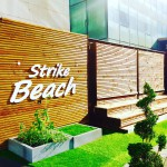 LA STRIKE BEACH , UN BOWLING OUTDOOR